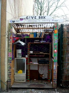 Boutique_sans_argent_give_box_1
